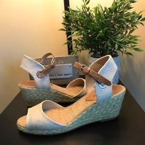 Lucky Brand Kyndra Wedge Sandals